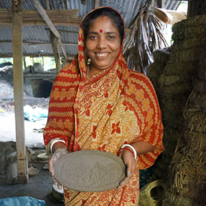 gifts that empower women, fair trade baskets