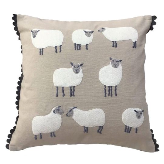 Felted sheep pillow sand