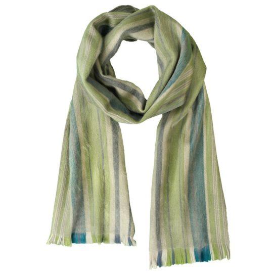 alpaca-scarf-lotus