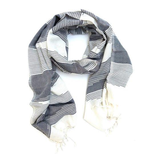 ameera scarf