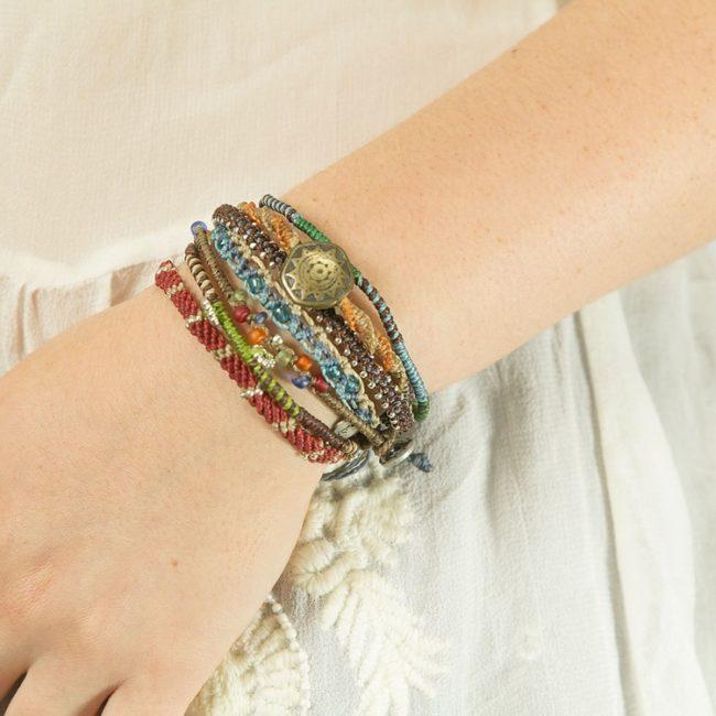 earth bracelets model