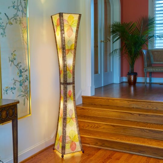 hourglass giant leaf lamp