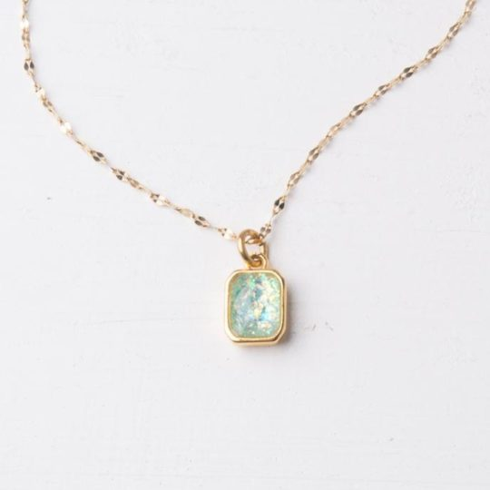 lila sky blue necklace