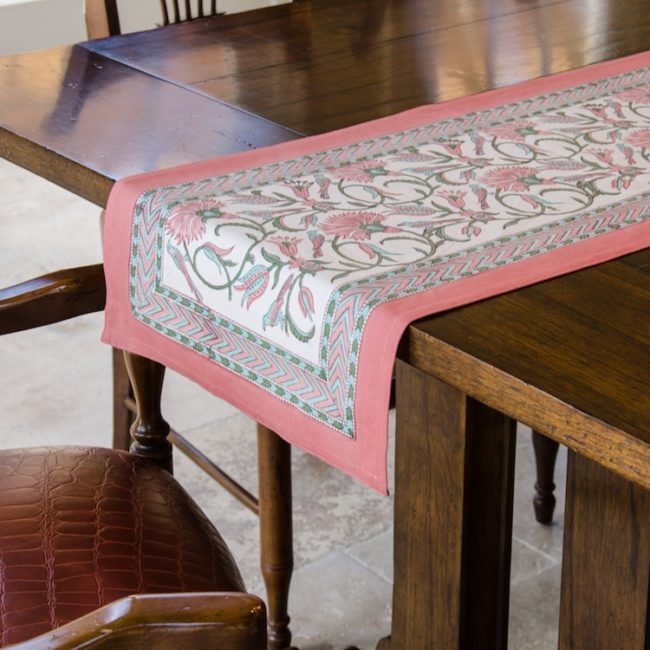 FaintailParadiso_TableRunner13x72
