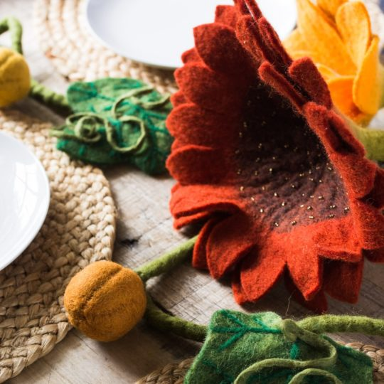 felt sunflower tablescape