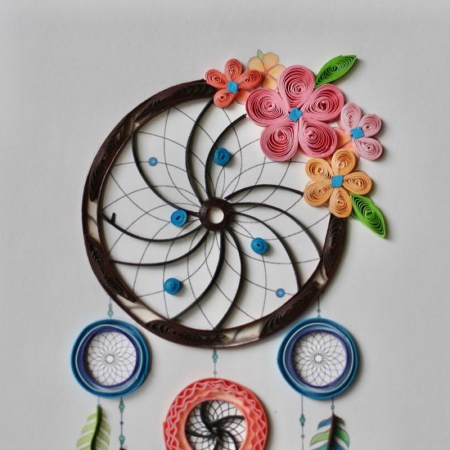 dream catcher quilling card closeup