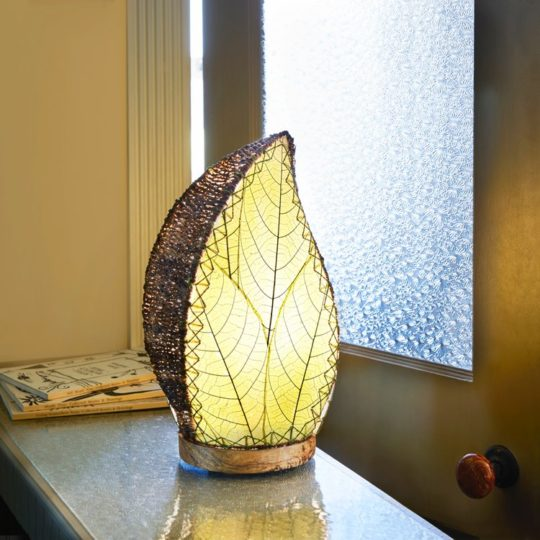 green leaflet table lamp styled