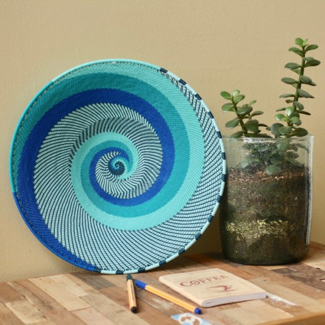 ocean telephone wire platter medium