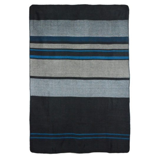 shupaca-alpaca-throw-modern-onyx