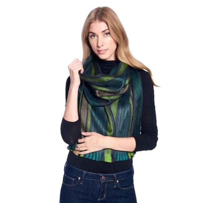 forest moss alpaca scarf model