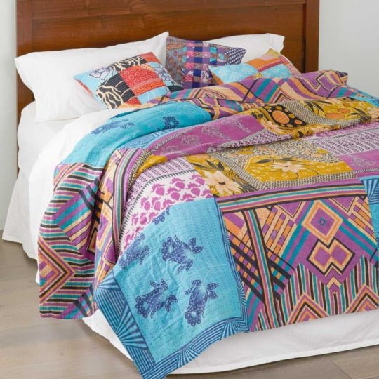 queen size kantha bedcover