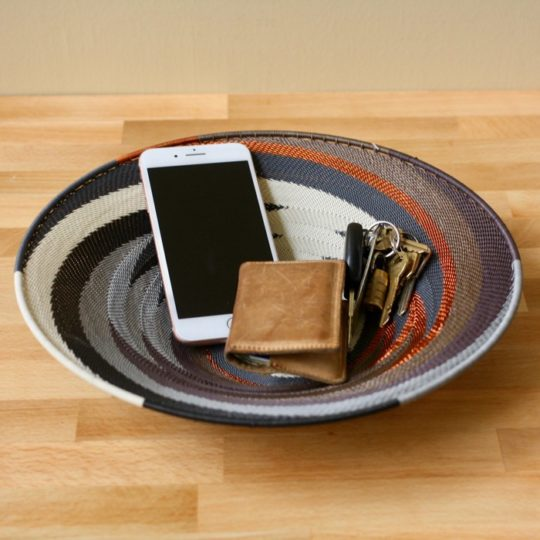 grey mist telephone wire med platter styled 1