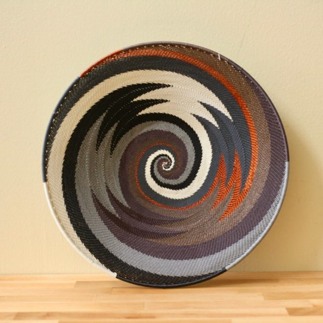 grey mist telephone wire med platter styled